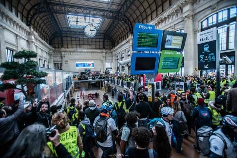 La prise de la Gare de Bordeaux par les Gilets Jaunes - 02 mars 2019